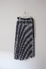 YUKI チェックプリーツスカート